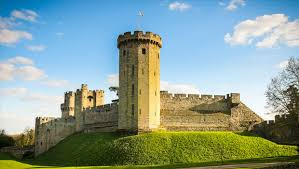 Self led tour of Warwick Castle with optional Workshops - April 2018