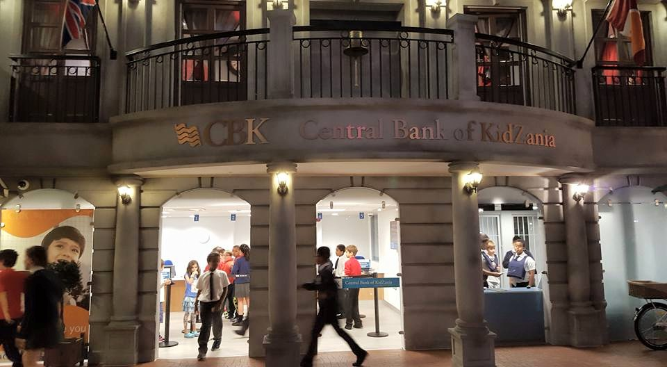 Kidzania Central Bank.  Photo credit © L Rowe 2015