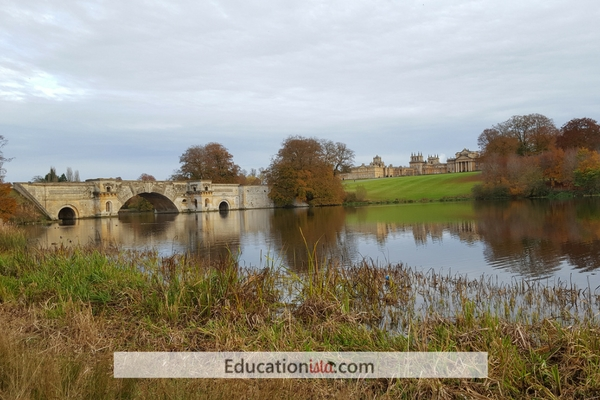 Blenheim bridge. Photo credit © L Rowe 2016